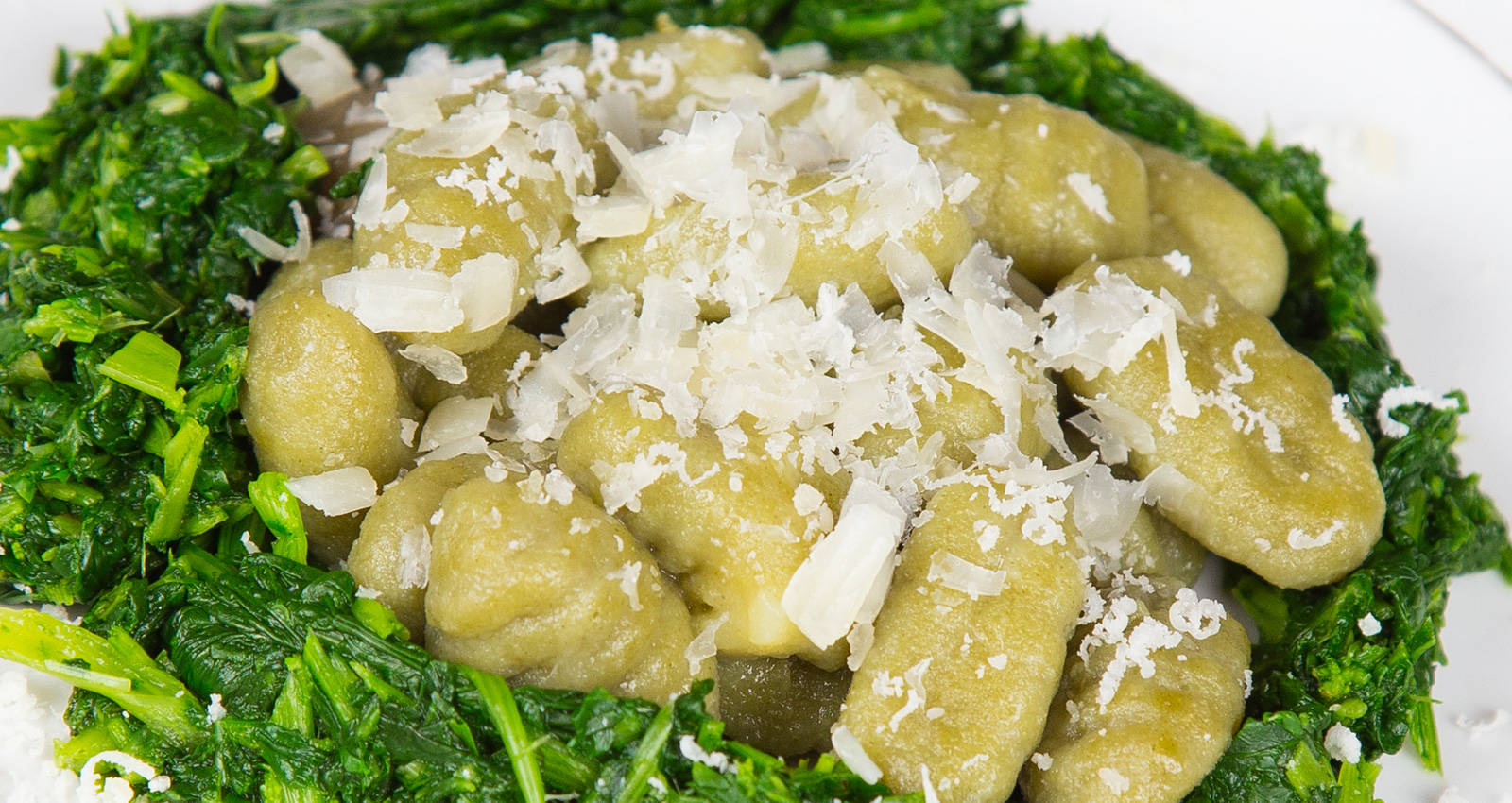 gnocchi-with-cheese-spinach
